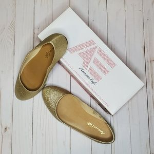 American Eagle by Payless Gold Glitter Flats